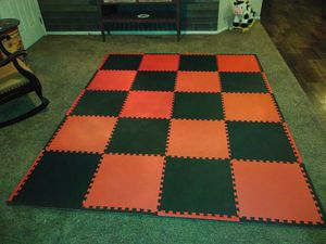 Brand new never used red and black exercise/playmat for Sale in Litchfield Park, AZ
