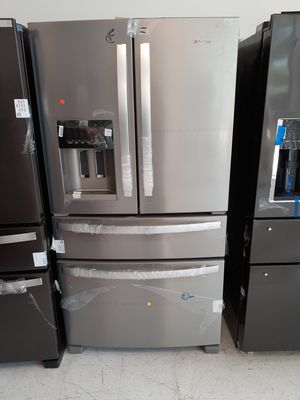 Whirlpool stainless steel 4-doors French door refrigerator new with 6 months warranty for Sale in Mount Rainier, MD