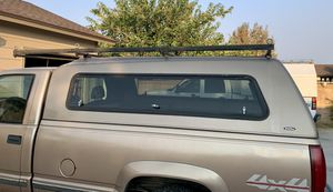 Snugtop HiLiner Shell with side windoors. Heavy Duty Walk-on roof and ladder rack. Fits GM Long bed '88 - '98. Fair Condition. Needs paint. $5 for Sale in Lancaster, CA