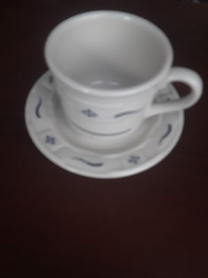 5 PC. Longaberger tea set, cups and saucers for Sale in Loganville, GA