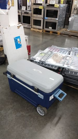 Cooler for Sale in Phillips Ranch, CA