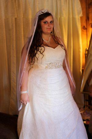 Wedding dress for Sale in Huntington, TX