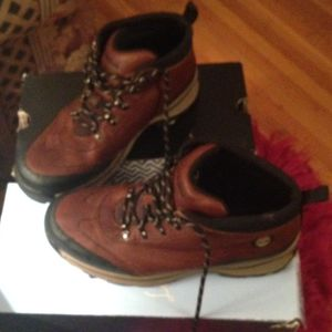 Girls leather Timberland boots size 4 1/2 Price Reduced! for Sale in Hermitage, TN