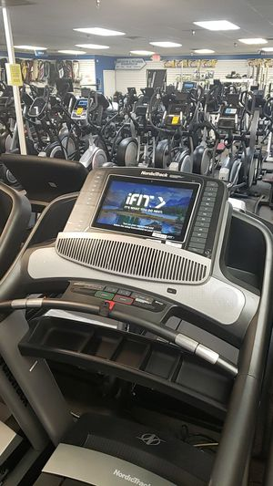 2019 Nordictrack commercial 2450 treadmill for Sale in Glendale, AZ