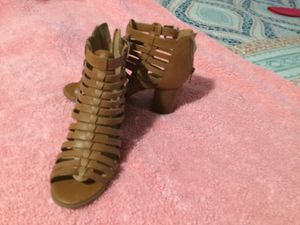 Brown heels size 5.5 for Sale in Jurupa Valley, CA