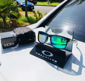 NEW Polarized Oakley Holbrook With Original Packaging for Sale in La Puente, CA