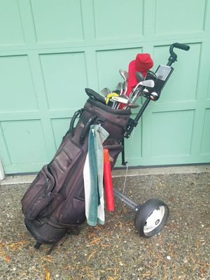 Golf Cubs, Bag and Cart for Sale in Mukilteo, WA