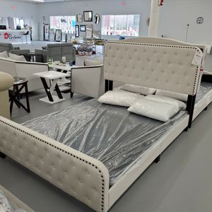 Bed Frame for Sale in Duluth, GA
