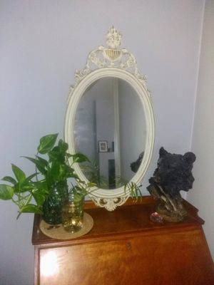 Antique mirror for Sale in Levittown, PA