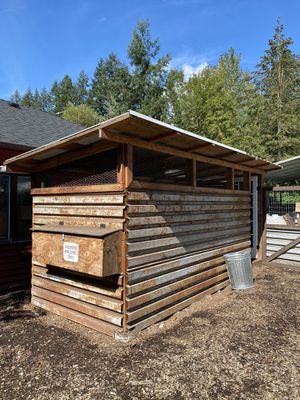 Steel panel chicken coop VERY strong. for Sale in Redmond, WA