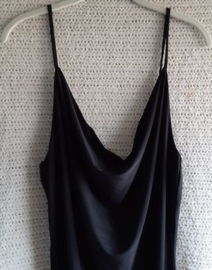 Black mini dress with drape front spaghetti straps in black. for Sale in Los Angeles, CA