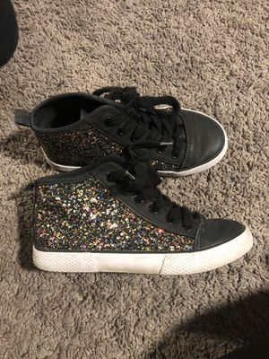 Girls shoes for Sale in Fresno, CA