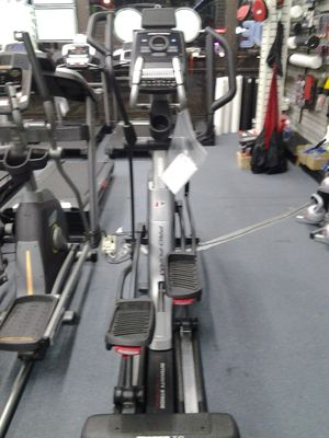 Elliptical proform trainer 7.0 for Sale in Renton, WA