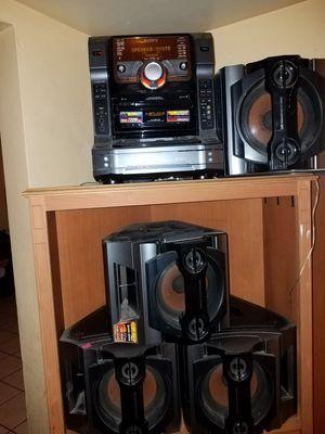 Vendo Estéreo. 5 discos.👋 for Sale in Scottsdale, AZ