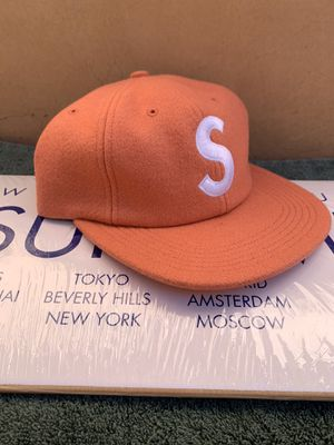 Supreme Wool S Logo 6 Panel Pink for Sale in Los Angeles, CA