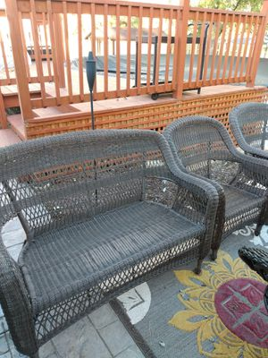 LOVESEAT CHAIRS for Sale in Bartlett, IL