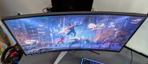 MSI curved monitor 27' 1080p. 144 refresh rate. Free Sync. Model Mag27c for Sale in Miami, FL