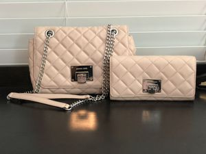 Michael Kors Purse and Wallet for Sale in Miami, FL