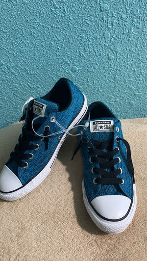 Converse shoes for Sale in Irving, TX