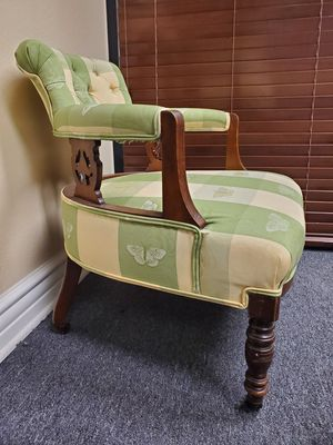 Antique chairs, set of 2 for Sale in Las Vegas, NV
