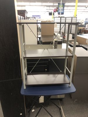 Small 3 Shelf (4th of July Sale!) for Sale in Houston, TX