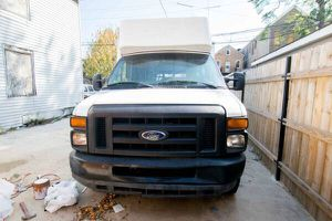 Ford E-350 Super Duty High Top - Needs Engine Repair for Sale in Chicago, IL