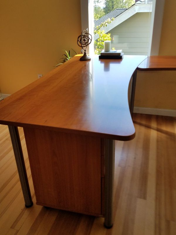 Beautiful Dania Office Desk And Chair For Sale In Seattle