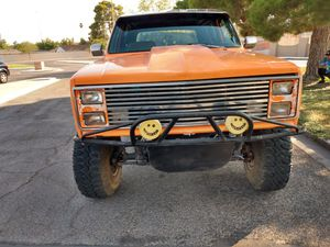1986 Chevy Silverado K5 Blazer4x4 runs and drives great for Sale in Las Vegas, NV