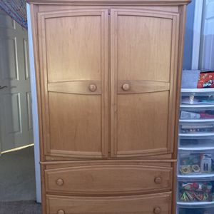 Solid Maple Baby Furniture for Sale - $300 for Sale in Bordentown, NJ