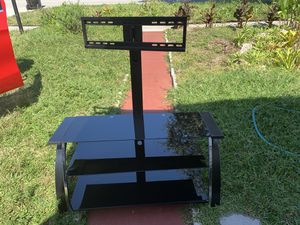 STANDING. TO TV. AND. MORE. FIRM PRICE for Sale in Miami, FL