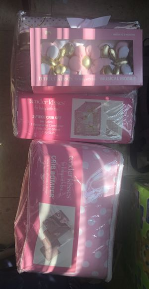 Baby crib bedding ,bumper &mobile for Sale in Pittsburgh, PA
