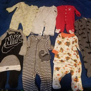 Baby clothes Size 0-6months for Sale in Bell Gardens, CA