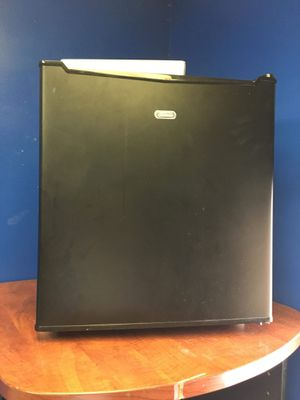 Sunbeam 1.7 cu ft Mini Fridge.. $40obo for Sale in Alexandria, VA