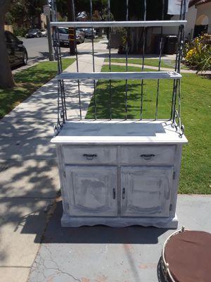 Bakers rack $ 75 for Sale in Long Beach, CA