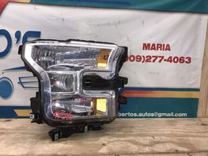 2015-2017 Ford F-150 Headlight RH for Sale in Jurupa Valley, CA