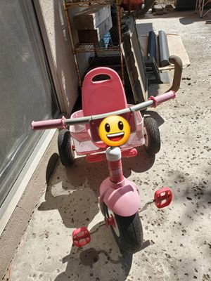 Tricycle with Basket for Sale in San Diego, CA