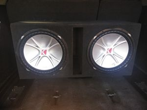"15"" KICKER COMP WORKS EXCELLENT for Sale in Highland, CA"