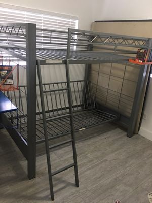 Double queen bunk bed for Sale in Miami, FL