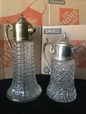 2 Italian antique glass water decanters in excellent condition for Sale in Belle Isle, FL