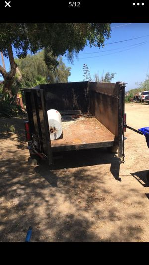 Hydraulic lift trailer for Sale in San Marcos, CA