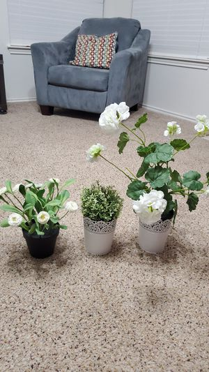 3 Plain Flowers from Ikea (not real) for Sale in Austin, TX