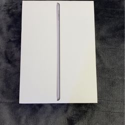iPad 6th Gen 32 Gb for Sale in Amherst,  VA