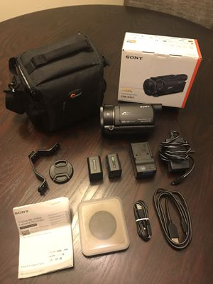 Sony AX-53 4K Camcorder Bundle for Sale in Los Angeles, CA