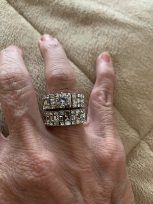 New 2 piece CZ 2.75 silver wedding ring size 7 for Sale in Inverness, IL
