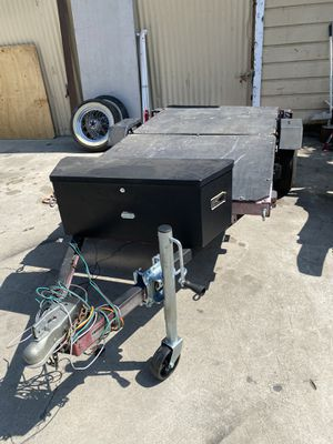 Small foldable 4 x 8 trailer permanent registration for Sale in Bellflower, CA