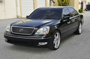 Lexus LS430 clean carfax for Sale in Chicago, IL