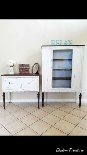Antique hutch and buffet table $599 for Sale in Palm Beach, FL