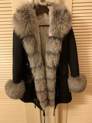 Women's winter jacket parka real polar fox fur S M for Sale in Highland Park, IL