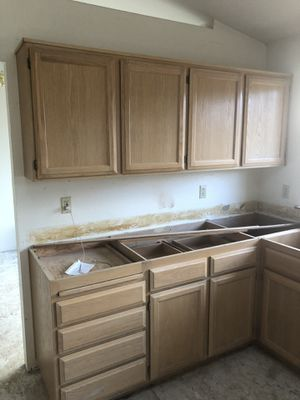 Kitchen cabinets $400 for Sale in Seattle, WA