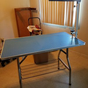 Large Grooming Table for Sale in Garden Grove, CA
